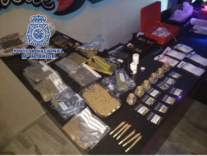 Dos detenidos tras desmantelar en Fuengirola otro club de defensa de cannabis donde se comercializaba droga