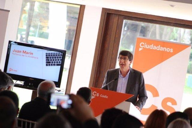 El presidente y portavoz parlamentario de Cs Andalucía, Juan Marín