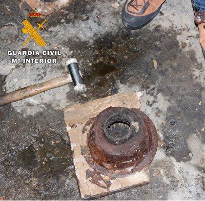 La Guardia Civil desarticula en la Ribera un taller clandestino dedicado a la reparación de vehículos