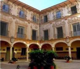 La Junta reconoce a 17 centros como Institutos Históricos Educación de Andalucía