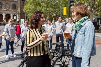 Zaragoza se suma a la iniciativa 'En la carretera, cerveza sin (también en bicicleta)'