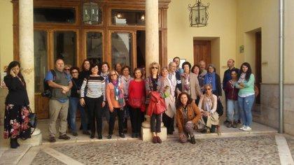 Asociaciones culturales, guías turísticos y blogueros de Madrid visitan Guadalajara