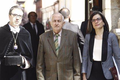 La plaza frente al museo Reina Sofía se llamará Juan Goytisolo en homenaje al escritor
