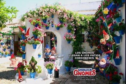 Los gnomos de la película 'Sherlock Gnomes' llegan a los patios de Córdoba con Paramount Pictures Spain