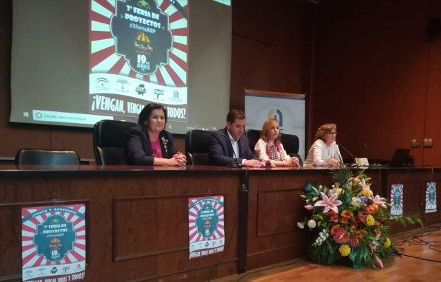López inaugura la III Feria de Proyectos