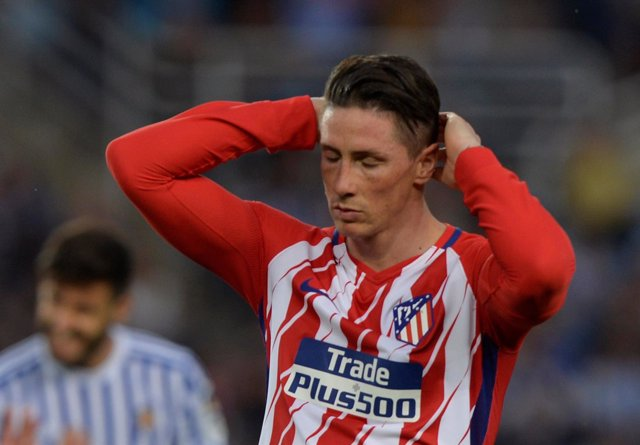 Fernando Torres lamenta una ocasión perdida