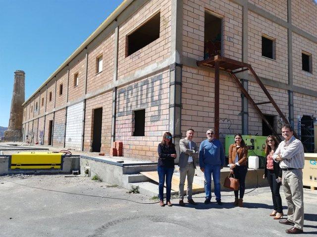 El delegado de Economía visita la SAT Los Guirao