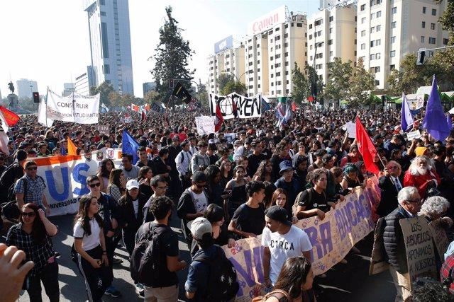 Estudiantes chilenos exigen el fin de la especulación en la educación de Chile