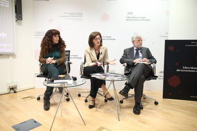Pagazaurtundúa en presentación del Libro blanco y negro del Terrorismo