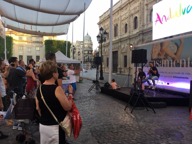 Visitantes en Sevilla