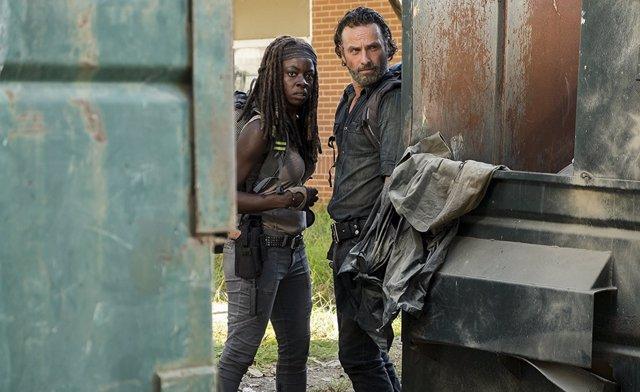 Danai Gurira y Andrew Lincoln en The Walking Dead
