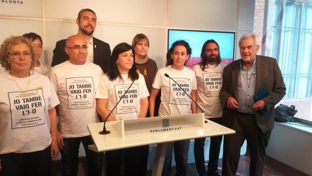 Diputados de ERC reivindican el 1-O en el Parlament