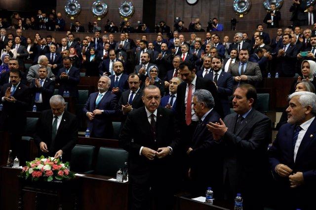 Recep Tayyip Erdogan en el Parlamento