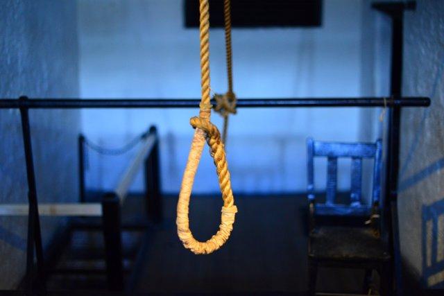 Suicidio soga