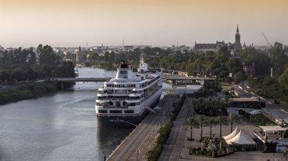 Unos 1.300 cruceristas llegan este sábado a Sevilla a bordo de tres cruceros