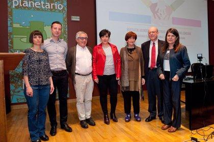 """Solana inaugura en el Planetario de Pamplona las jornadas 'Multilingüismo. Nuestras lenguas, otras lenguas""""'"""