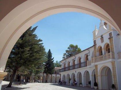 Juzgan a tres acusados por robar repetidamente la recaudación de los cepillos del Santuario de Cortes