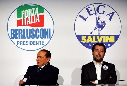 Salvini da luz verde a negociar un gobierno con el M5S sin Berlusconi, según 'La Repubblica'