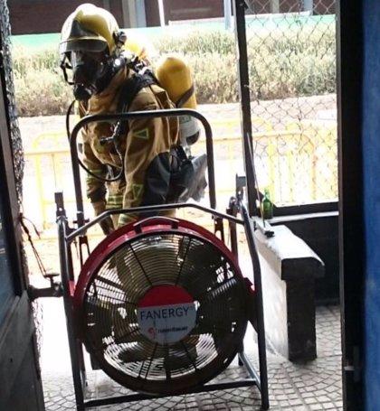 Un hombre resulta herido con quemaduras tras intentar apagar un incendio en la cocina de su casa en Calp (Alicante)
