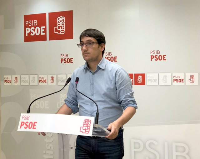 Negueruela anuncia que presentará una enmienda a los PGE 2018 para incluir el descuento de residente del 75 por ciento