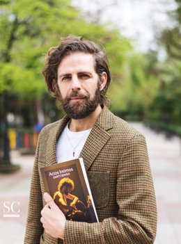 Santi Senso, con su libro