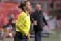 El Tenerife-Huesca, suspendido 15 minutos por agresión a la árbitra asistente