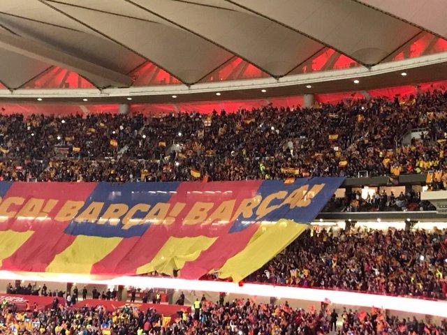Afición del Barcelona en la final de la Copa del Rey en el Wanda Metropolitano