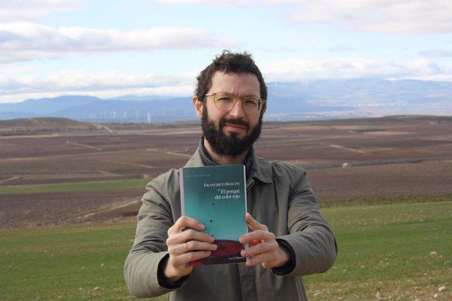 El escritor Francisco Bescós