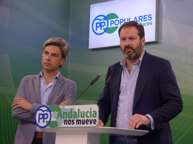 Rueda de prensa de Andrés Lorite y Adolfo Molina (PP)