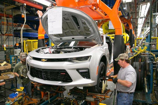 Producción del Chevrolet Camaro en Lansing (EEUU).