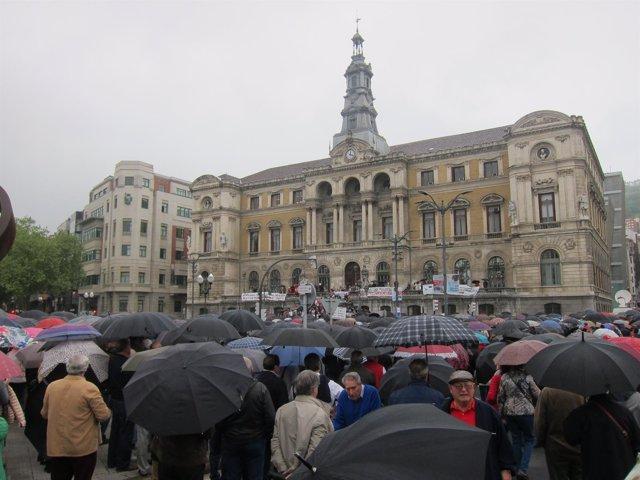 Protesta De Pensionistas Y Jubilados En Bilbao