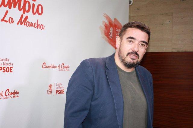 El presidente del Grupo Socialista en las Cortes, Rafael Esteban