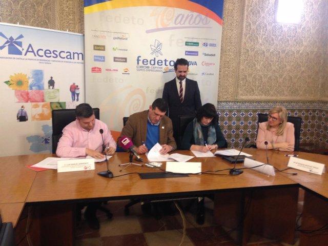 Firma del III Convenio Marco de Empresa entre Acescam, UGT y CCOO