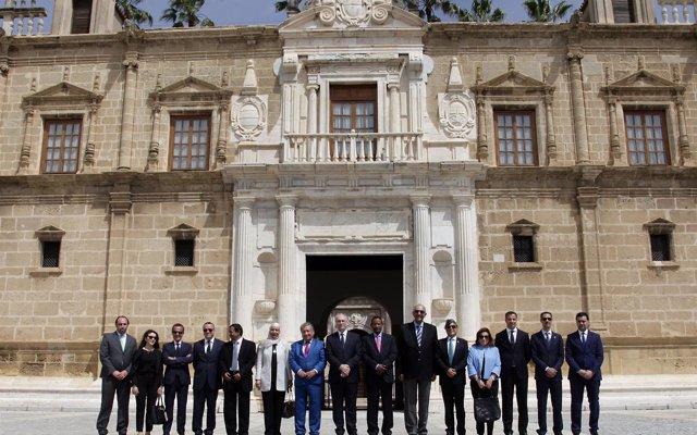 El Consejo de Embajadores Árabes visita el Parlamento de Andalucía