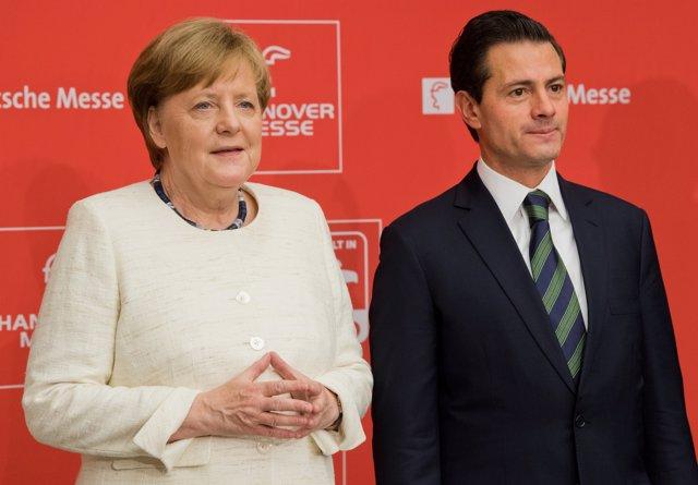 Angela Merkel y Enrique Peña Nieto en Hanóver