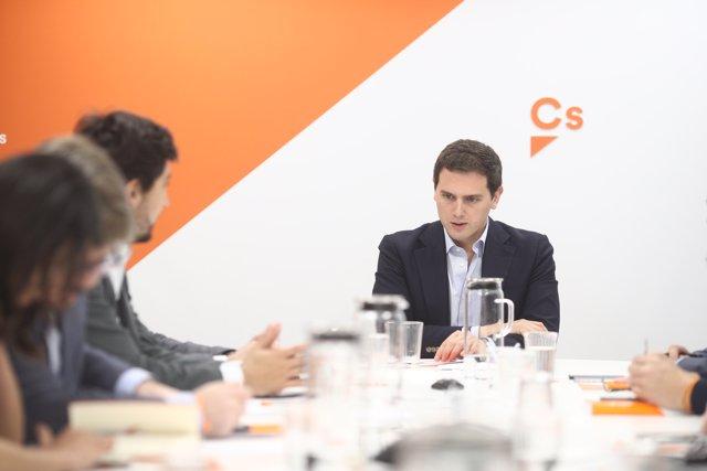 Albert Rivera preside la reunión del Comité Permanente de Ciudadanos