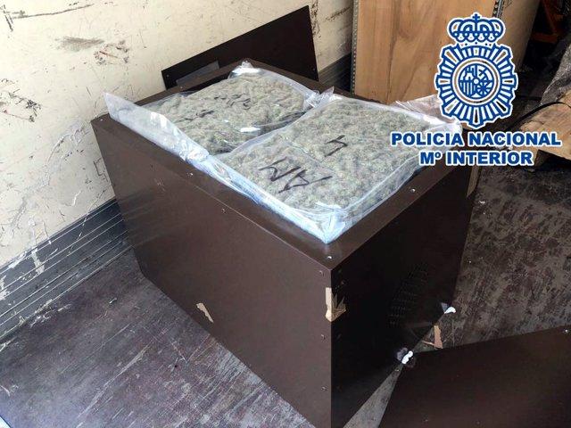 Un detenido por transportar 1.200 gramos de marihuana en un camión