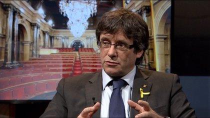 """Puigdemont felicita a Turull, Sànchez y Cuixart: """"Ganaremos vuestra libertad"""""""