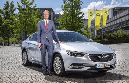 Opel ofrece más trabajo y nuevos modelos a sus plantas alemanas a cambio de mejorar la competitividad