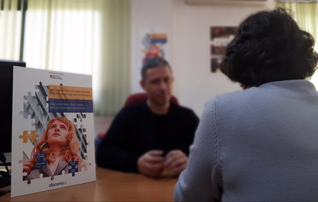 ONG Dianova ofrece asistencia a mujeres refugiadas