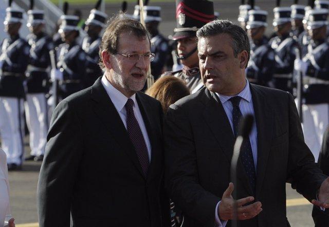 El embajador  Jesús Silva Fernández junto a Mariano Rajoy