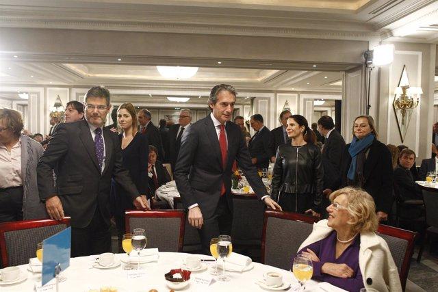 Manuela Carmena, Íñigo de la Serna y Rafael Catalá
