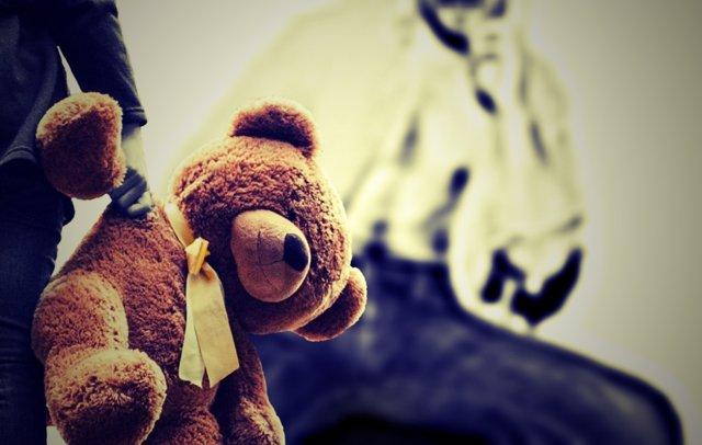Detienen a una mujer por prostituir a su hija de 6 años