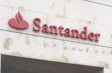 El Santander obté un benefici de 2.054 milions fins al març, un 10% més, impulsat pel Brasil i Espanya (EUROPA PRESS - Archivo)