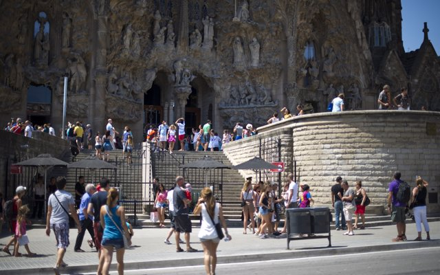 Los turistas españoles bajan casi un 12% en Barcelona pese a Semana Santa
