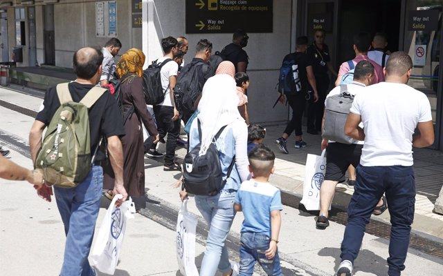 Llegan a España nueve refugiados sirios que serán acogidos en Madrid