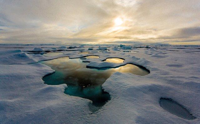 Récord de microplástico en el hielo marino del Ártico