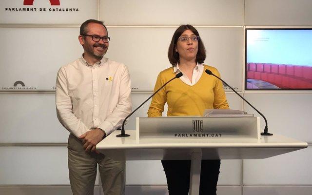 JxCat critica las 'amenazas' de Rajoy e insiste en que quiere investir a Puigdemont