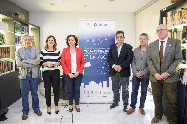 Presentación del encuentro internacional para la defensa de la oscuridad natural
