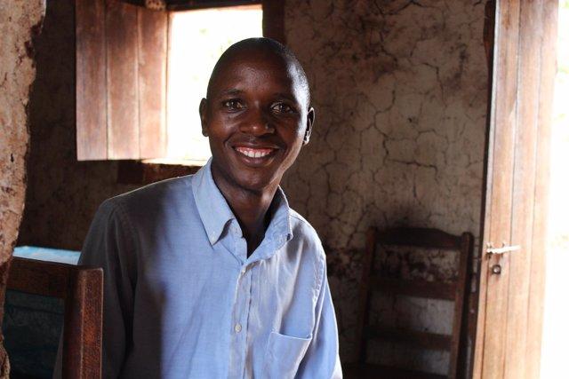 """Félix, """"curandero"""" de la malaria en Burundi"""